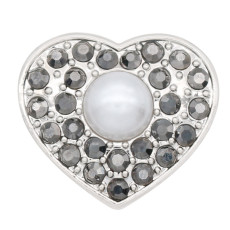 20MM heart-shaped silver plated with gray rhinestone and pearl snap jewelry
