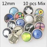 Botones a presión de vidrio y resina 10pcs / lot MixMix muchos estilos Botones a presión 12mm Estilo MIX para joyería de broches al azar
