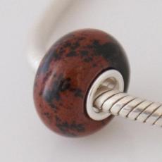 Бусы из натурального камня с сердечником из чистого серебра