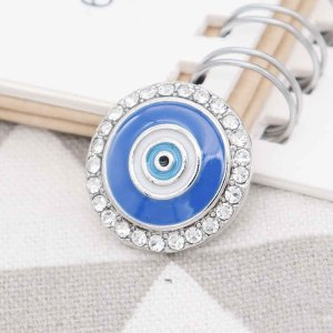 Ojos 20MM plateados plateados con diamantes de imitación y esmalte azul KC7760 se ajusta a presión