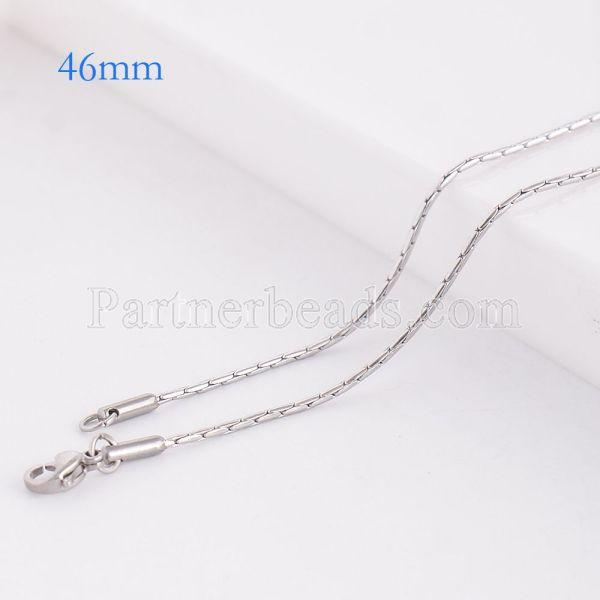 La cadena de moda de acero inoxidable 46CM se ajusta a todas las joyas plateadas FC9028