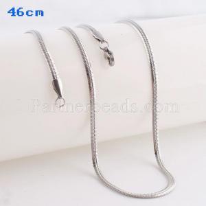 La cadena de moda de acero inoxidable 46CM se adapta a todas las joyas