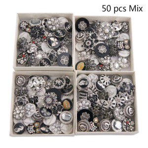 50pcs / lot Botones a presión 20mm Mezclar colores blanco o negro o blanco y negro colores mixmix