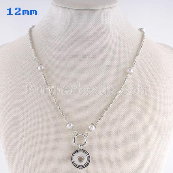 Botones 1 con collar de metal con cadena 45CM con ajuste de perlas.