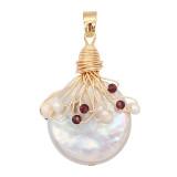 Le pendentif en perle naturelle est livré avec de jolis accessoires dorés006