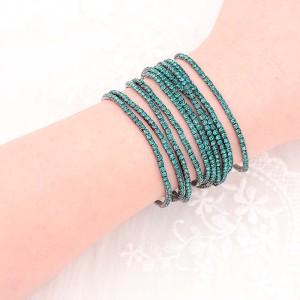 10 PC / Los Rhinestones funkelndes elastisches Armband mit 80pcs grünen Rhinestones