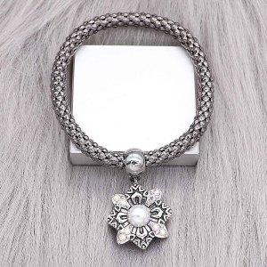 Diseño 20MM de plata chapada con diamantes de imitación blancos KC8217 se ajusta a presión