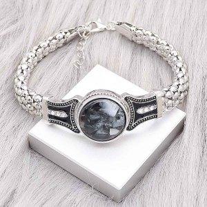 Los botones 1 abrochan la pulsera plateada con diamantes de imitación blancos en forma de broches de joyería KC0561