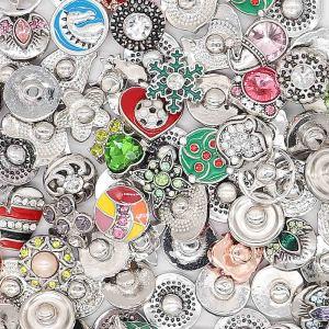 10pcs / lot Mezcla plateada de alta calidad MixMix todos los estilos 12mm Botones a presión Estilo MIX para joyería aleatoria Snaps