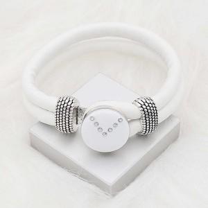 20 mm de plata chapada con esmalte blanco planificado y diamantes de imitación KC8288