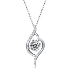 1 CT DEF VVS Moissanite Love at first sight  Sterling Silver Pendant Necklace Platinum plating 45CM chain