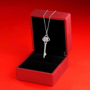 1 CT DEF 6.5mm VVS Moissanite clave collar plata esterlina colgante collar platino chapado cadena 45CM