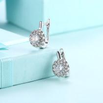 ダイヤモンドと女性のためのロマンチックなイヤリングジルコンイヤリング