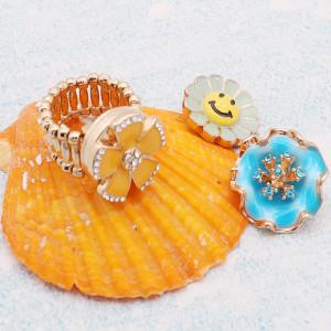 Anillo de oro a presión de 1 botón con diamantes de imitación blancos en forma de broches de joyería KC1327