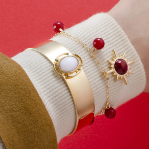 Red and white contrast smooth texture open bracelet, star eight red beads 6-Piece Bracelet