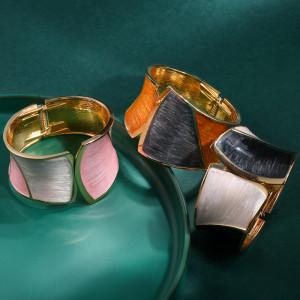 Retro fashion oil dripping bracelet with gold matching asymmetric wide edge Bracelet