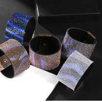 Wide edge full diamond gradient  button Bracelet
