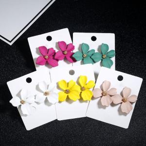 Цветочные серьги, сладкие и милые, чешские серьги, девушка