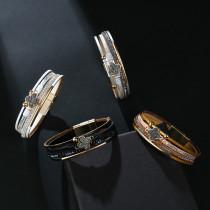 スティックダイヤモンドブレスレットナショナルスタイルの多層PUレザークローバーラッキーブレスレット