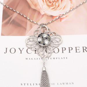 Diseño redondo de 20 mm chapado en plata y diamantes de imitación blancos