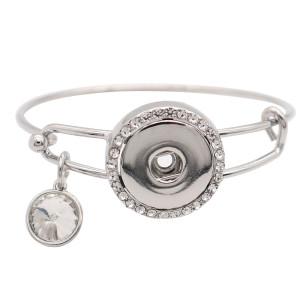 Bracelet en métal argenté à 1 boutons pression avec boutons-pression ajustés en strass Bijoux