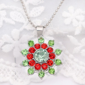 20MM flower design snap silver Plated and green red rhinestone