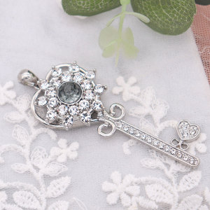20MM flower design snap silver Plated and grey rhinestone