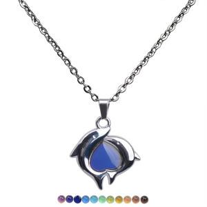 Ожерелье из нержавеющей стали с двойным дельфином и персиковым сердцем, меняющее цвет