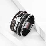 Pulsera de estilo nacional bohemio pulsera de cierre magnético de cuero multicapa con cruz de diamantes para mujer