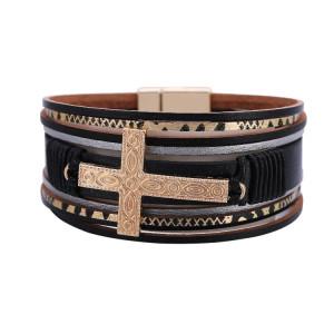 Pulsera de múltiples capas decoración de la mano de los amantes estilo étnico cruz de cuero en relieve pulsera de cierre magnético