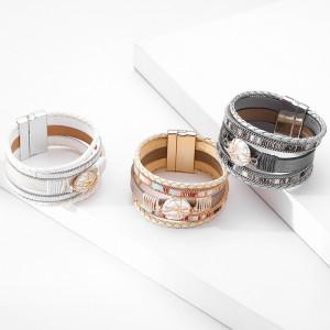 Mehrschichtiges geflochtenes Armband Europäisches und amerikanisches einfaches Retro-Perlenstück-Magnetverschlussarmband