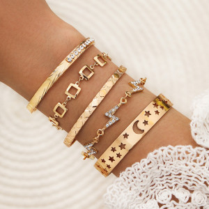 Square Lightning Hollow Star Moon Geometrisches offenes Armband Fünf 5-teiliges Armband