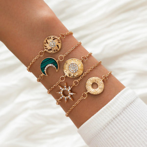 Geometrisches Armband Hohl Achtzackige Star Moon Goldkette Set Armband 5er Set