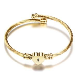 Pulsera de acero inoxidable de 26 letras Pulsera de carta de amor de acero de titanio Pulsera abierta para mujer Pulsera dorada