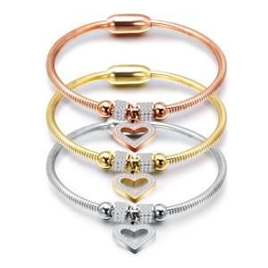Простой браслет-цепочка в виде змеи из нержавеющей стали с персиковым сердцем и застежкой на бриллиантовом магните