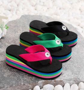 Zapatos de niña de 2 botones con fondo de arcoíris, pantuflas de mujer, chanclas de mujer, sandalias de mujer, suelas gruesas de 6.5 cm de altura para un ajuste de playa de verano