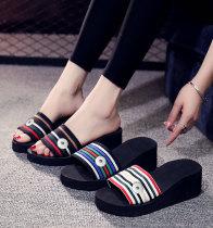 Mädchenschuhe mit 2 Knöpfen, Hausschuhe für Frauen, Flip-Flops für Frauen, Sandalen für Frauen, 6.5 cm hohe, dicke Sohlen für Sommerstrand-Fit18- und 20-mm-Druckknopfschmuck