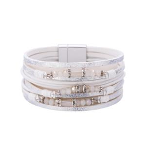Böhmisches mehrschichtiges Kristallperlen-Armband aus ethnischem Leder Personalisiertes Modeaccessoire mehrschichtiges Armband