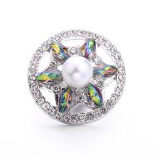 Broche de metal de diseño de 20 mm plateado con botón a presión de diamantes de imitación