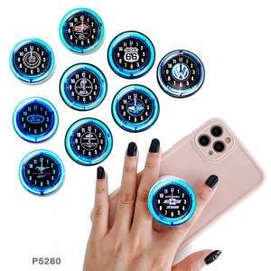 Marque de voiture Le support de téléphone portable Prises de téléphone peintes avec une base à motif imprimé noir ou blanc