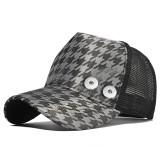 Sombrero de camionero con rejilla de pata de gallo y protección solar con botón a presión de 18 mm beige