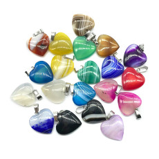 Pendentif d'amour d'agate Pendentif d'amour de pierre d'agate de couleur mélangée de couleur en forme de coeur