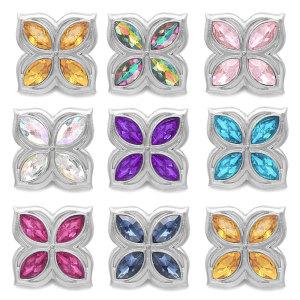 Conception carrée 20MM multicolore avec boutons-pression en strass