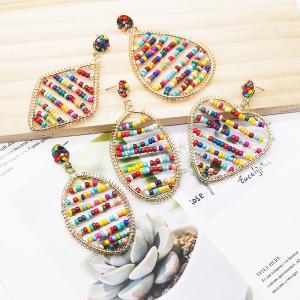 Böhmische Stil-Serie Mode Reisperlen Farbe Ohrringe handgemachte Perlen Wicklung multi-geometrische Ohrringe