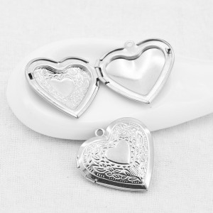 2.8*2.8CM Boîte de phase en acier inoxydable Pendentif coeur rond sans chaîne