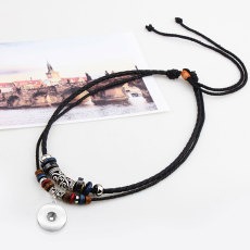 ダブルビーズネックレス、レザーコード編みネックレスは18mmスナップチャンクにフィット