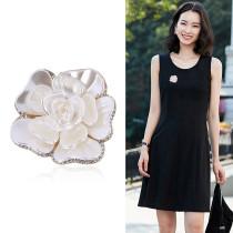 Mode nouvelle exquise et élégante goutte d'huile strass fleur broche tempérament haut de gamme accessoires de vêtements broche