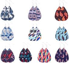 Plumes de différentes couleurs Boucles d'oreilles en cuir