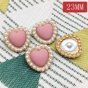 23 мм металлическое сердце любви жемчуг персиковое сердце позолоченные шармы с кнопками подходят 20 мм ювелирные изделия с кнопками