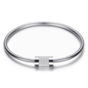 ステンレススチールレディーススネークチェーンブレスレット、絶妙なダイヤモンドをちりばめたマグネットクラスプブレスレット